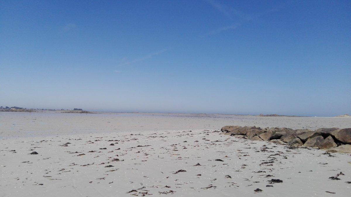 Plage #Finistère #bonheur <br>http://pic.twitter.com/UyB84JJtIW