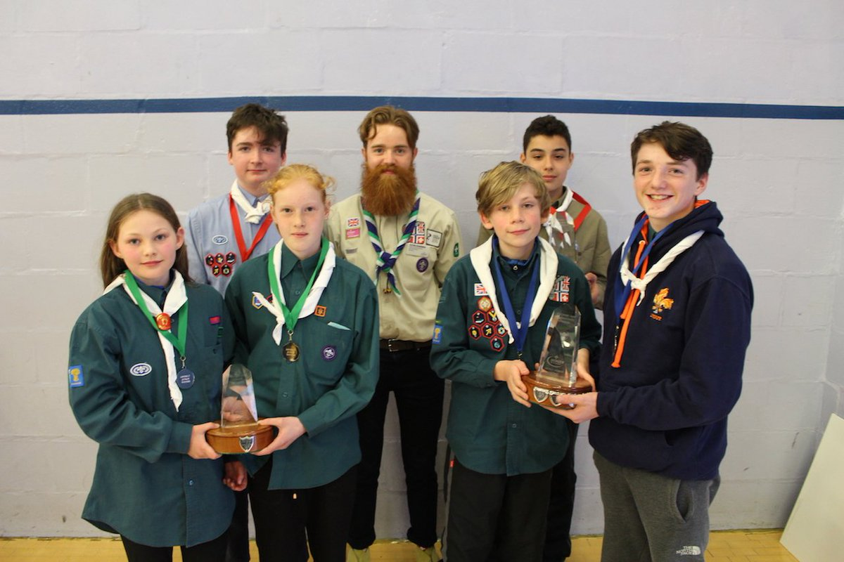Our District @CheshireHike Winners Katie &amp; Aurelia, Dan &amp; Lewis, Kiran &amp; Will with our new DC @oliver_chambers<br>http://pic.twitter.com/NMIFAgE8rK