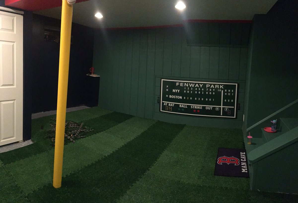 Wouldn't that look cool in the newly built Red Sox fan cave?