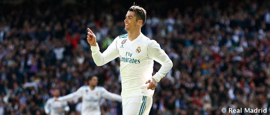 ☝ @Cristiano encadena 12 partidos marcando e iguala su mejor racha de encuentros consecutivos viendo puerta... ¡Con 22 goles en su haber!  #HalaMadrid