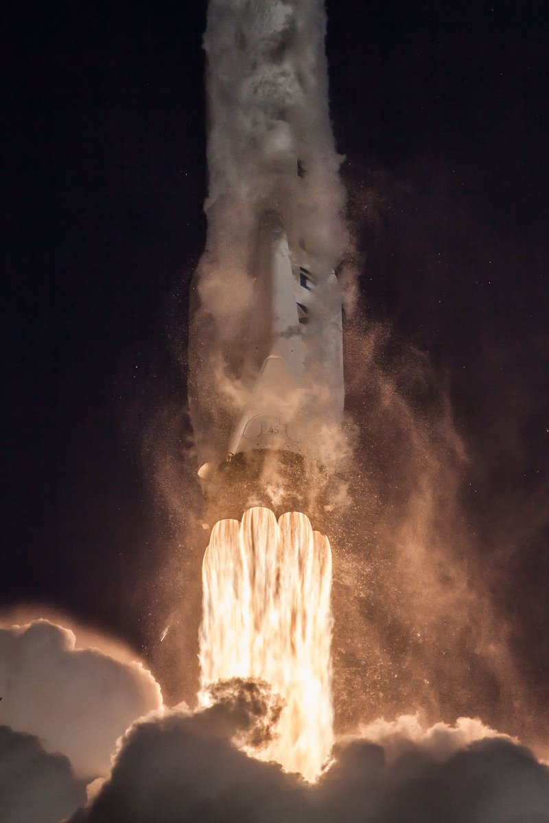 More photos from yesterday's Falcon 9 launch of @NASA_TESS → https://t.co/095WHX44BX
