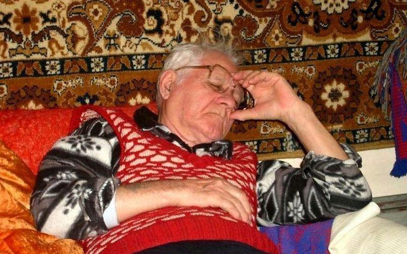 Вашей, картинки старый дед спит