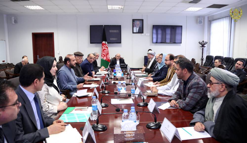 Today I spoke with the governors of 34 provinces and commanders of the armed forces through videoconference from the Tawheed Command Center to speed up the voter registration process. #Afghanistan
