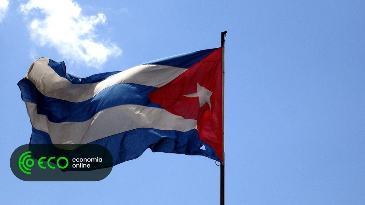 Miguel Diaz-Canel eleito sucessor de Raúl Castro em Cuba. #Política https://t.co/R2KQ1A1xrm