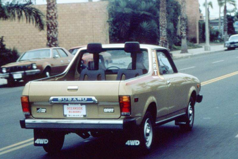 Did you know the #Subaru Brat had a two-seater cabin and a cargo bed at the rear? #subiebrat #classiccars #subaruheritage https://t.co/hqyocuKt0e
