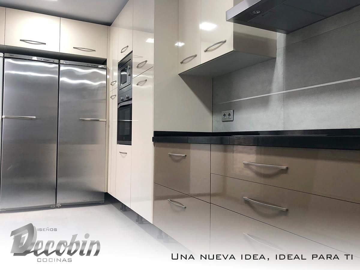 Bonito Cosco Silla De La Cocina Heces Colección - Ideas de ...