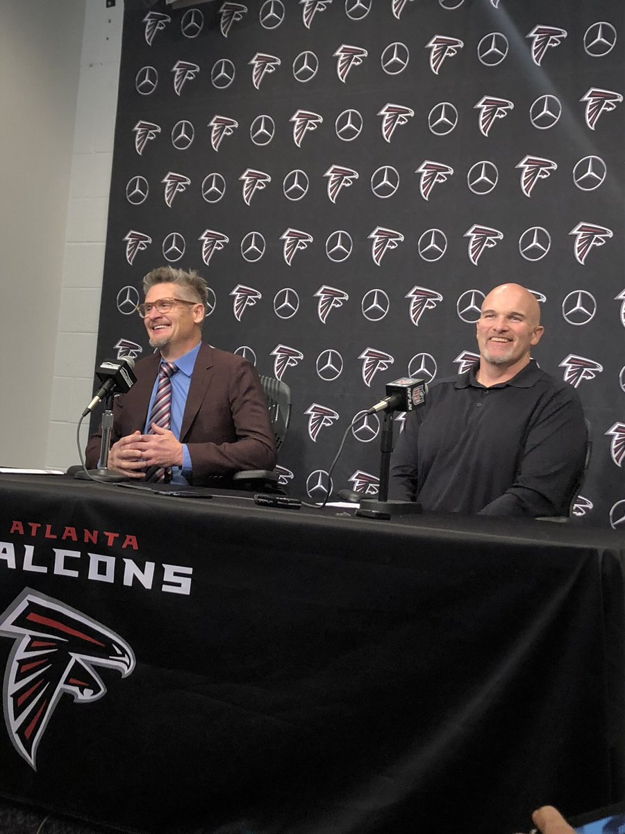 "Falcons pick at #26 in first round of NFL draft..  HC Dan Quinn jokes ""we hope 10 quarterbacks go before us"" 😂"