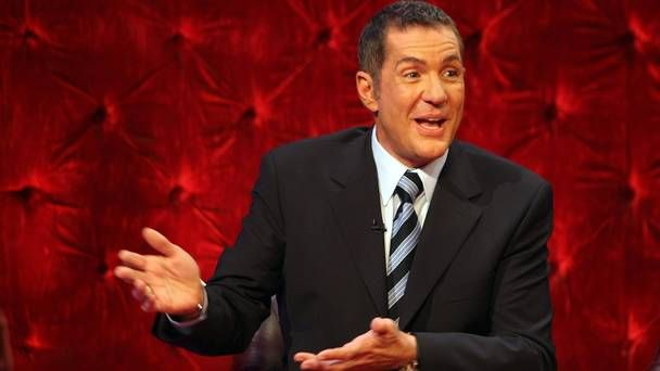 TV presenter Dale Winton's sudden death described as 'non-suspicious but unexplained'   https://t.co/f9l387ds55