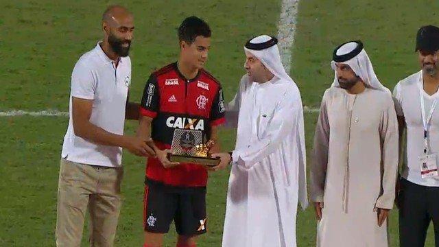 Sub-16 bate Real Madrid nos pênaltis e conquista de forma invicta o Campeonato Internacional de Dubai. A partida terminou empatada em 1 a 1 (gol de Jean Carlos) e, na disputa de pênaltis, Bruno pegou dois e garantiu a taça. Os #GarotosDoNinho brilharam de novo. É Campeão!