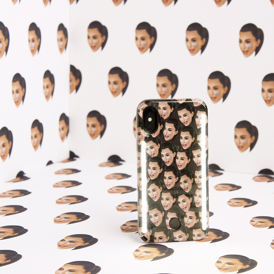 Limited edition Cry Face Kimoji x Lumee case available now on https://t.co/uJ7W1z5pLY https://t.co/aVZ5JSq3sa