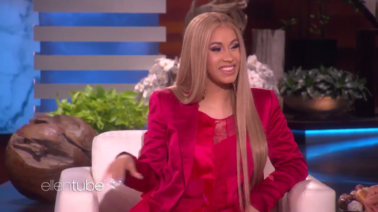 .@iamcardib already knows the name of her bay B. https://t.co/viWXbEpDLy