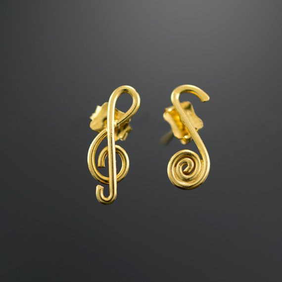Mismatched treble clef and note gold stud earrings by  emmanuelaGR   musicearrings  music  musically  studearrings  greekjewelry  σκουλαρικια   greece  ss2018 ... 12afaca5c87