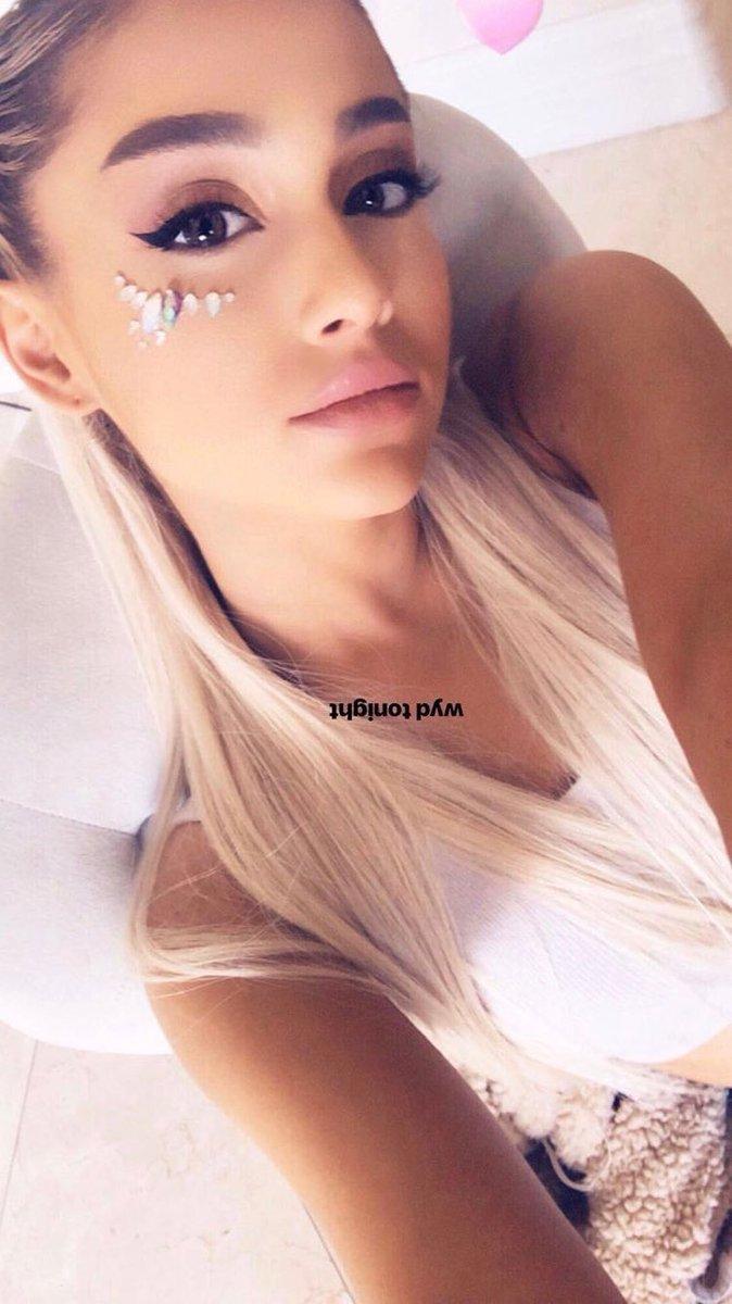in bikini Selfie Ariana Grande Selfie naked photo 2017