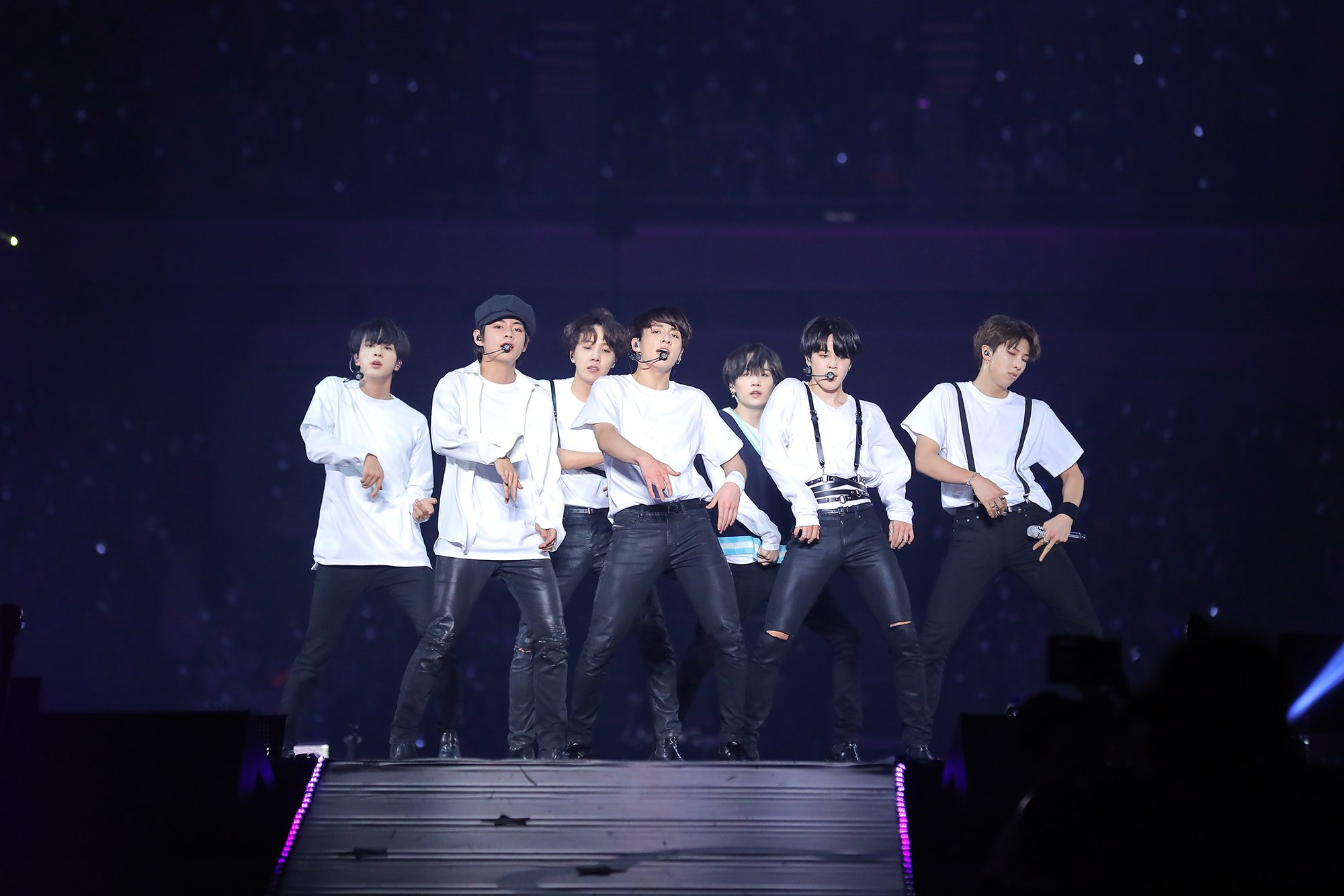 Picture/Media] BTS JAPAN OFFICIAL FANMEETING VOL 4 ~Happy