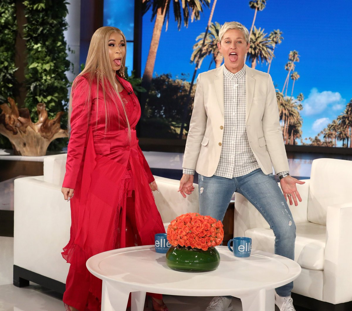 The promo run for #InvasionofPrivacy continues! Today, @iamcardib is a guest on @TheEllenShow! These are huge looks, people! She's out there working! #InvasionofPrivacy soundcloud.com/remindmetotell…