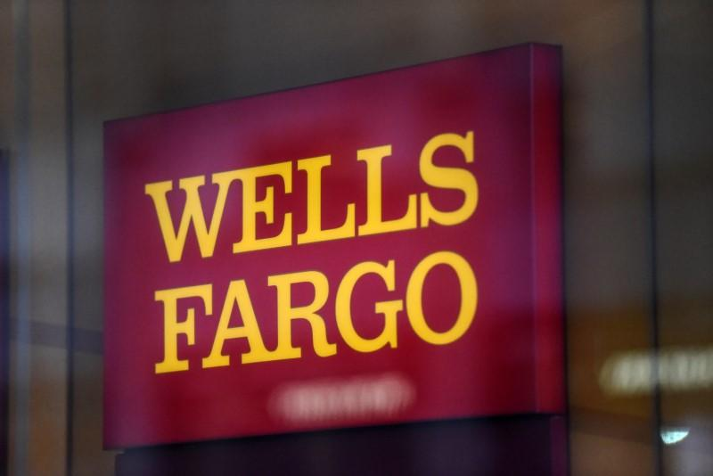 Wells Fargo nears $1 billion settlement for loan abuses: source https://t.co/MaHu3AaV0h https://t.co/22wLnqBc5D