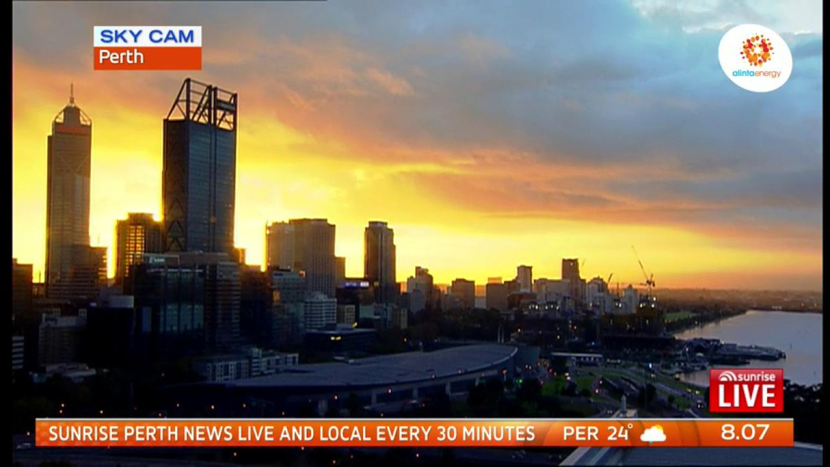 Image for the Tweet beginning: What a cracking sunrise in