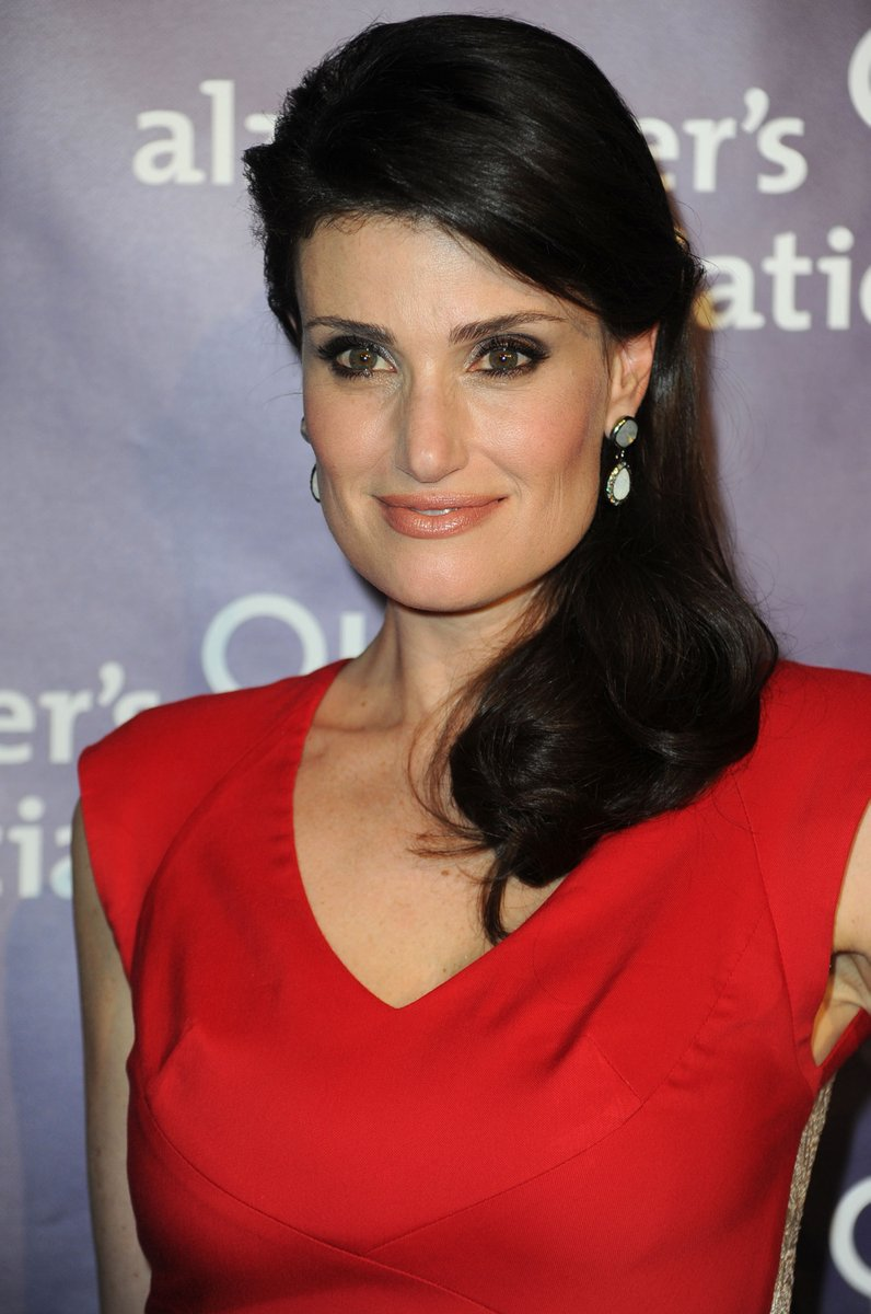 Broadway's @idinamenzel comes to #siliconvalley for an #Alzheimer's fundraiser April 28. Here's the story behind the cause: https://t.co/dIzFil3thl