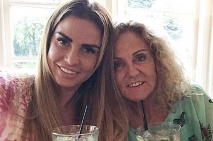 Katie Price says she refuses to think about life without her terminally ill mum Amy  https://t.co/N7rFF4ERWj
