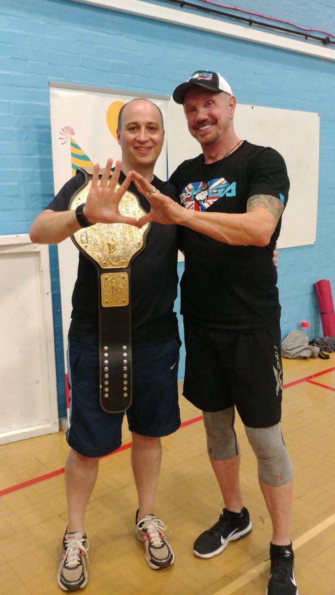 Awesome night @DDPYoga in #Frome.  Great fun, a kick-ass workout, lovely people and the chance to meet this incredible gentleman. Thank you @RealDDP - 10 weeks down, many more to come 😀