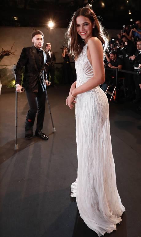 Bruna Marquezine tem mais 'curtidas' do que atrizes do Oscar (e até Gisele) no Instagram da Versace https://t.co/wXOcicKULY