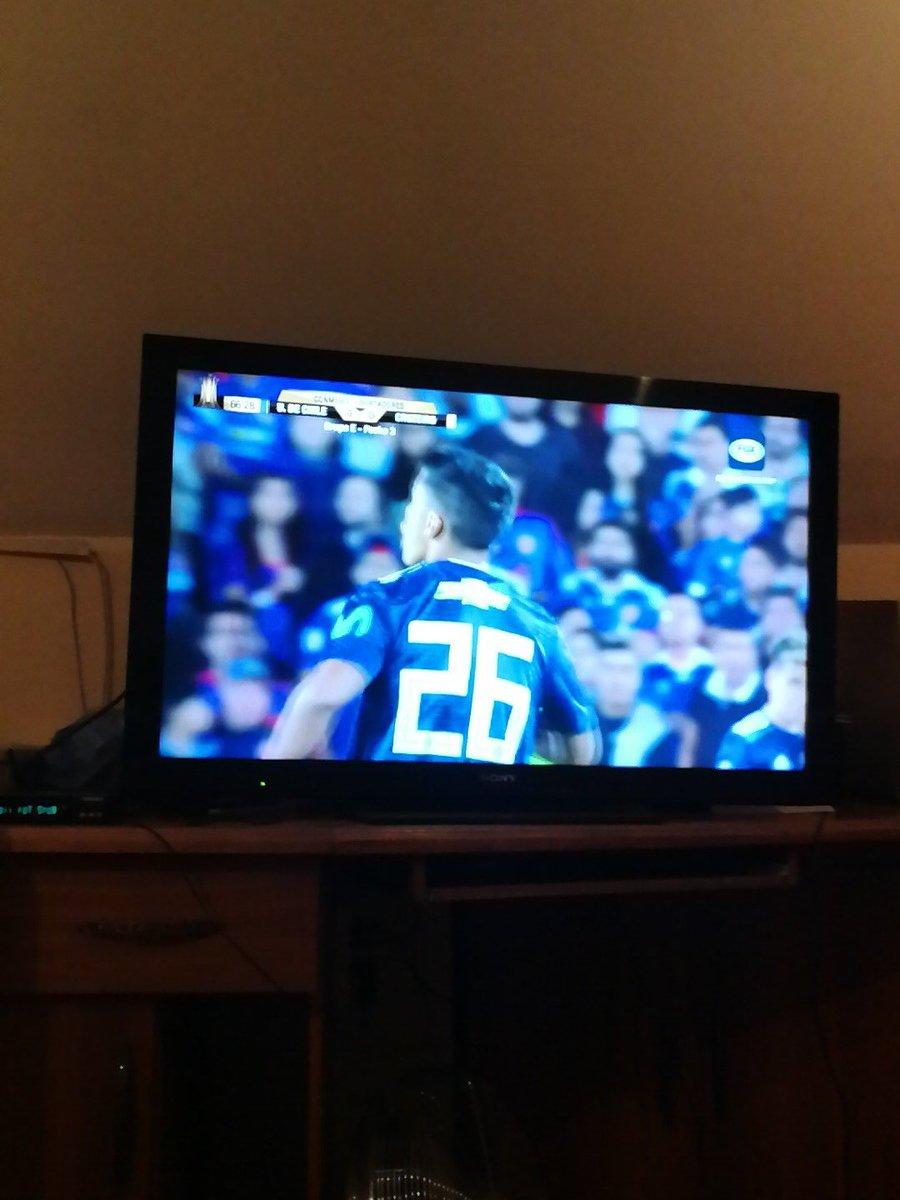 @OjitosLindos160 Yo veo fútbol jeje http...