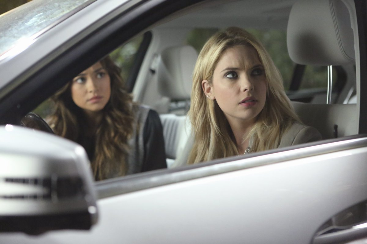 Rolling up to your #ThrowbackThursday. 🚗 #PrettyLittleLiars