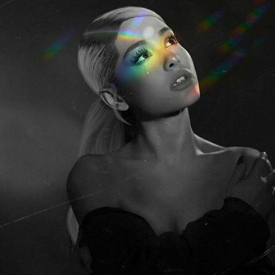Mp3 Sweetener Ariana Grande: Ariana Grande - Sweetener