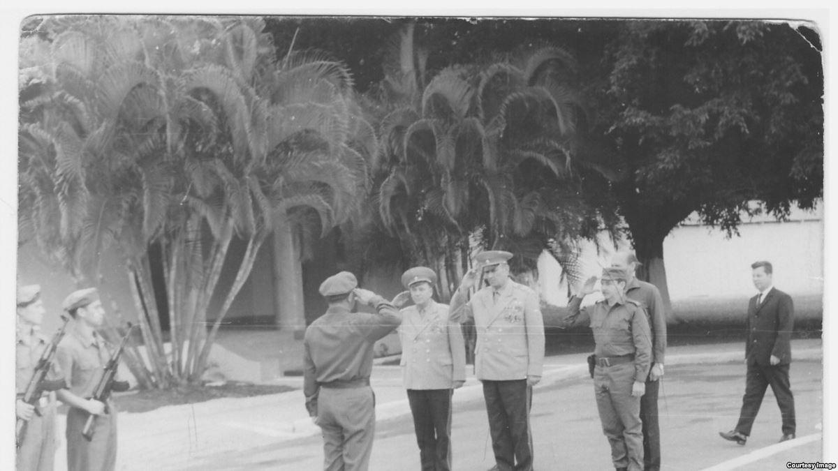 Esteban Suarez Barban's photo on Raúl Castro