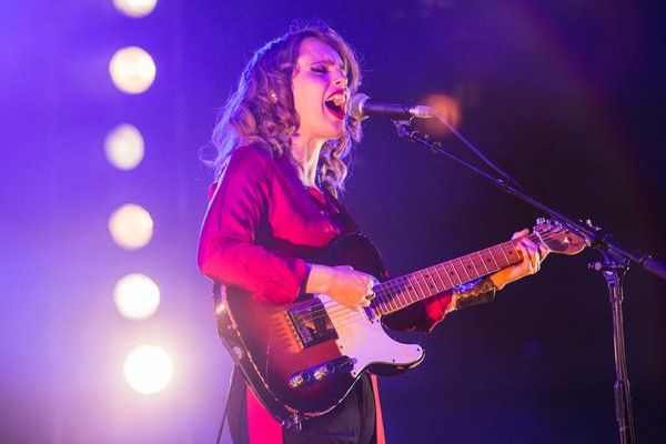 Anna Calvi teases new music with dramatic artwork buff.ly/2HMVrVd #musicnews #NewMusicFriday