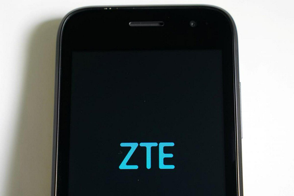 Consumer activists, experts advise against buying ZTE phones https://t.co/SIqqKUM36L https://t.co/mrvgDhDDLW