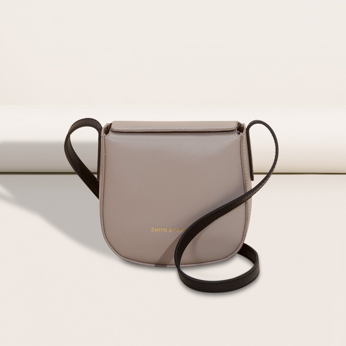 #Follow &amp; #RT to #WIN the #luxuryleather Josephine Crossbody~ T&amp;Cs   http:// goo.gl/7esE5Y  &nbsp;       (closes 24/04 @12pm) #competition #giveaway #freebie<br>http://pic.twitter.com/wka9CtK5jG