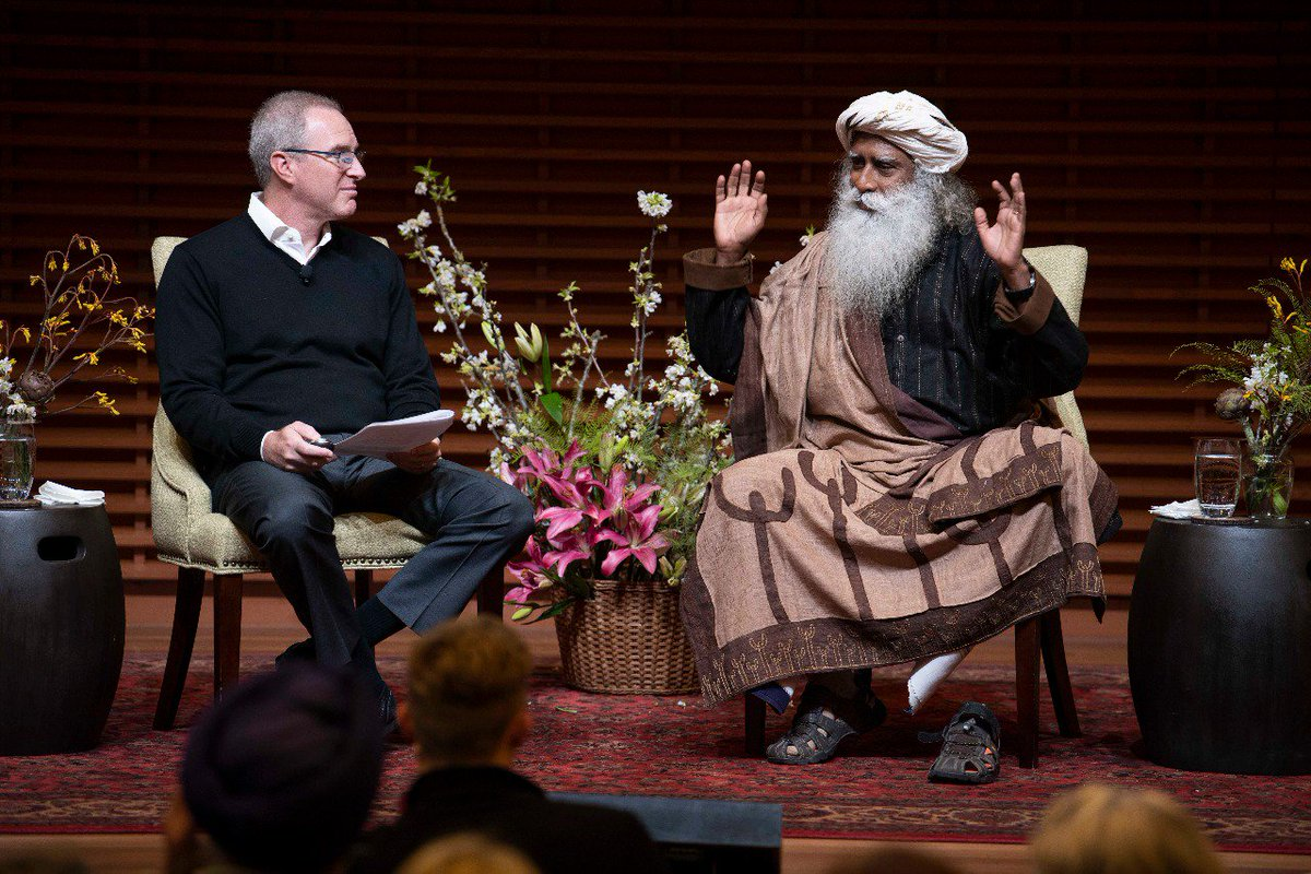 A shift in economic leaders from #Ambition to Vision, is the greatest offering to future generations of the world. -Sg  @StanfordGSB #JonathanCoslet<br>http://pic.twitter.com/tN3TUOXyZ6