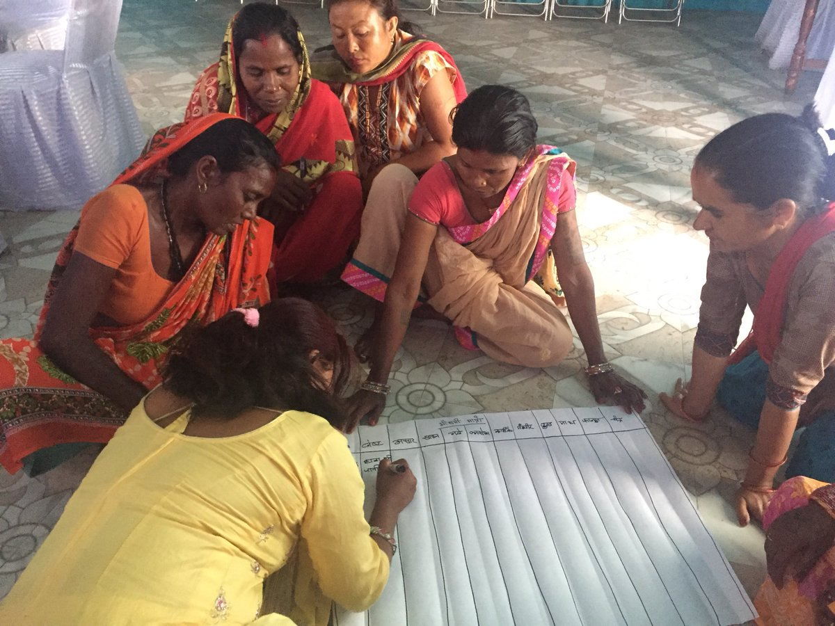Day 1 of #participatory action in #Sunsari #Nepal is underway as EWRs outline the #disasters they face every month. #KosiFloods #LeadershipDuringFloods #DisasterManagement #FridayFeeling  @CSR_India @Asia_Foundation @ssamudayik @unwomennepal @ndmaindia<br>http://pic.twitter.com/uu0mglt0vw