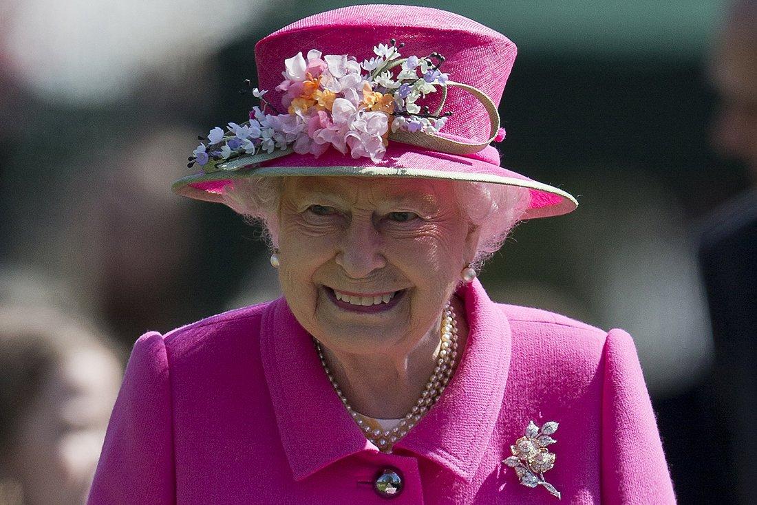 Domani la Regina Elisabetta compie 92 an...