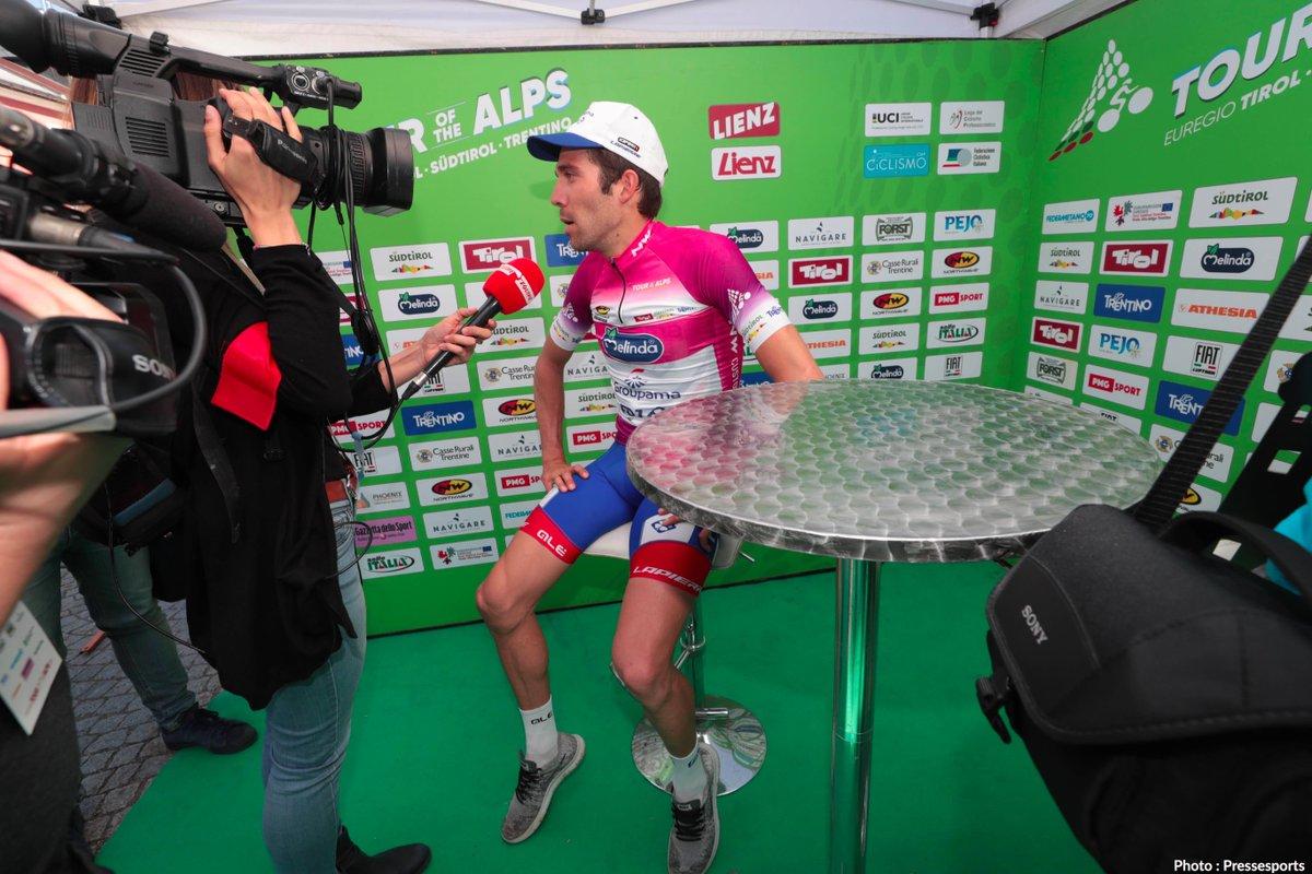 🙏Thibaut Pinot et le Tour des Alpes c'est ⤵️  - 2 participations en 2 ans  👀 - 1 victoire au classement général 🏆  - 1 victoire d'étape 👏 - 9 top 5 en 10 jours de course 👍