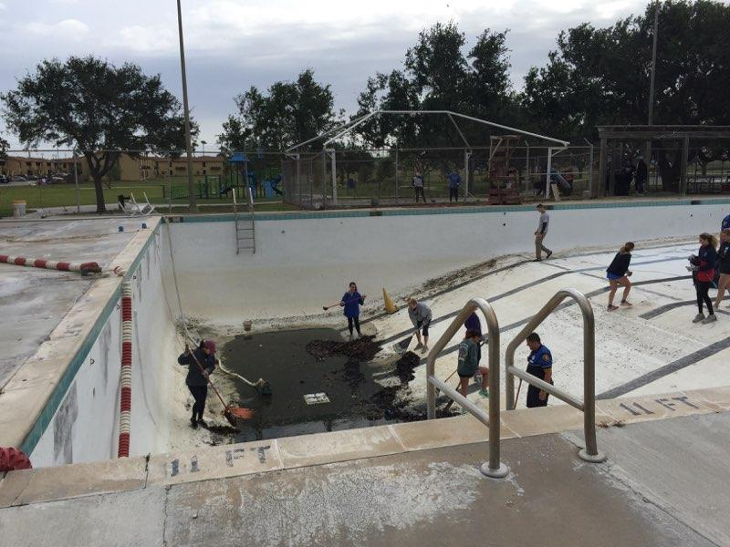 Parker Pool On Twitter Thank You To All Of The Volunteers Who Helped Clean Out Parker Pool For The Summer Season Uscg Tamucc Tridelta Corpuschristipd Flourbluffnews Jack And Jill Landscaping Andy S Country Kitchen