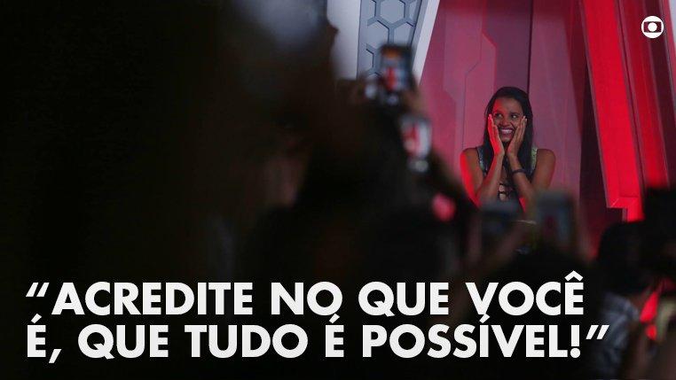 #Sextou com a nossa fada!!! 🧚♀️💜 #BBB18 #RedeBBB #BBB 📷 Isabella Pinheiro/ Gshow