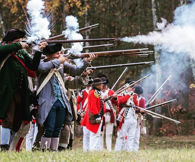 Remember that time we accidentally became loyalists? #reenactment #revolutionarywar #revwar #patriots https://t.co/uBJ7uJQrQ0