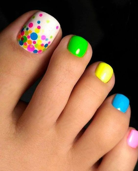 Nail Designs for Toes That Will Make You Feel Zen  #NailDesigns #ColorfulNails #FashionTrend #FashionStyle #Fashion #Nails #NailsColors pic.twitter.com/c2vmmArTmH
