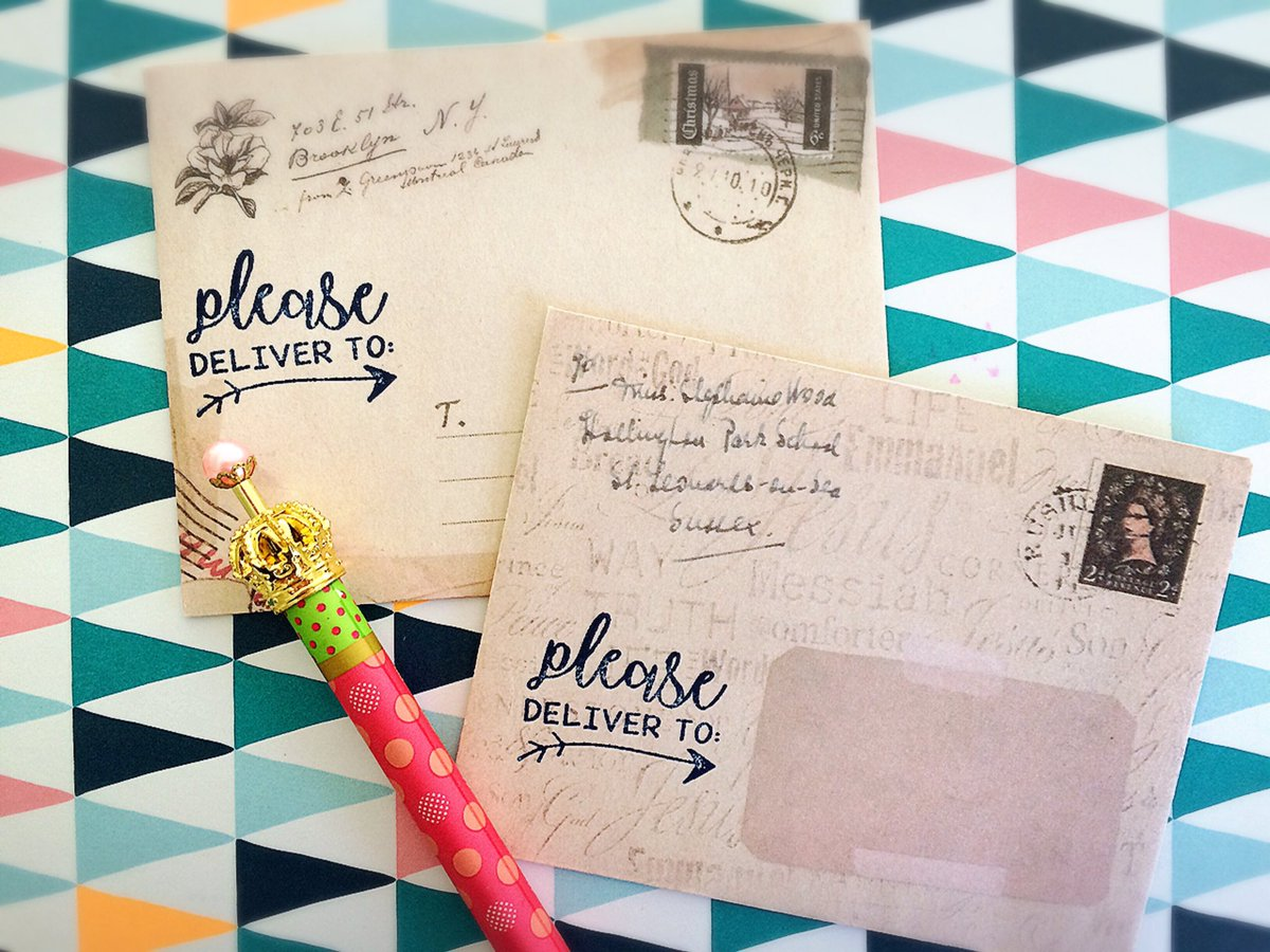 Putting pen to paper this weekend, it&#39;s been too long! Also putting my new delivery stamps to the test...hope my pals will like them!!  #snailmail #penfriend #writing #paper #stamp #letters #mail #craft<br>http://pic.twitter.com/3EH3ncVbkB
