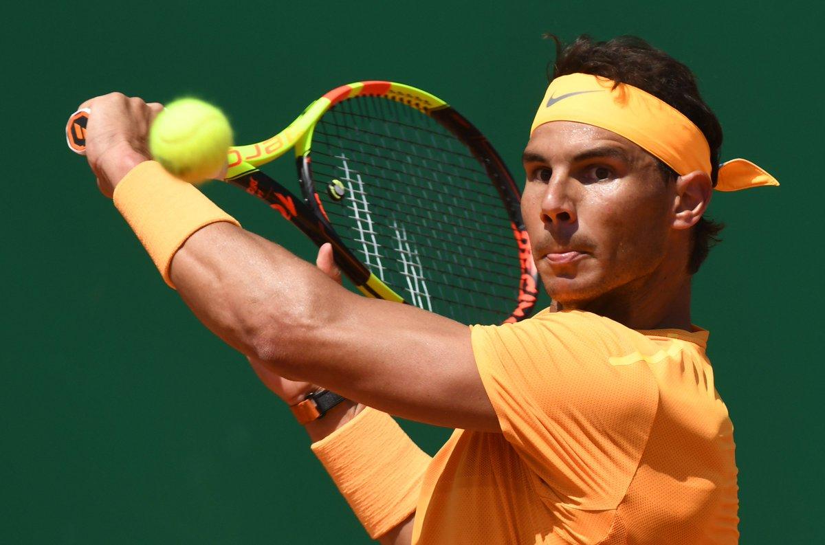 test Twitter Media - #Tennis 🎾 - #MonteCarloRolexMasters  🇪🇸 Rafael Nadal en mode extraterrestre 👽  L'Espagnol a presque donné la leçon à Dominic Thiem en l'écrasant 6/0, 6/2 en 1h19 ! Il affrontera Dimitrov en demi-finale.  A suivre sur C+ Sport : Nishikori 🇯🇵 / Cilic 🇭🇷 ! https://t.co/PbJemuCuxZ