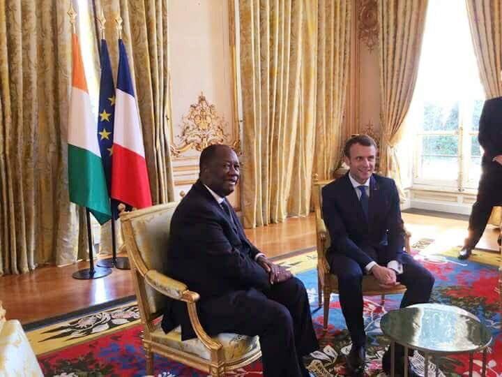 #prci: Le Président de la République, @adosolutions, s'entretient, ce vendredi 20 avril 2018, avec son homologue français, , @EmmanuelMacronau Palais de l'Elysée.
