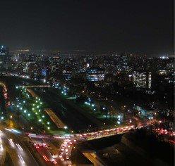 Es tiempo de enamorarse aún más de #Santiago. Recorre sus calles con más facilidad y  disfruta de un ambiente nocturno vibrante. En #Ñuñoa puedes vivir todo esto desde edificio #SucreMás  https://t.co/0LcFjomc9Q https://t.co/vPmlODjfDq