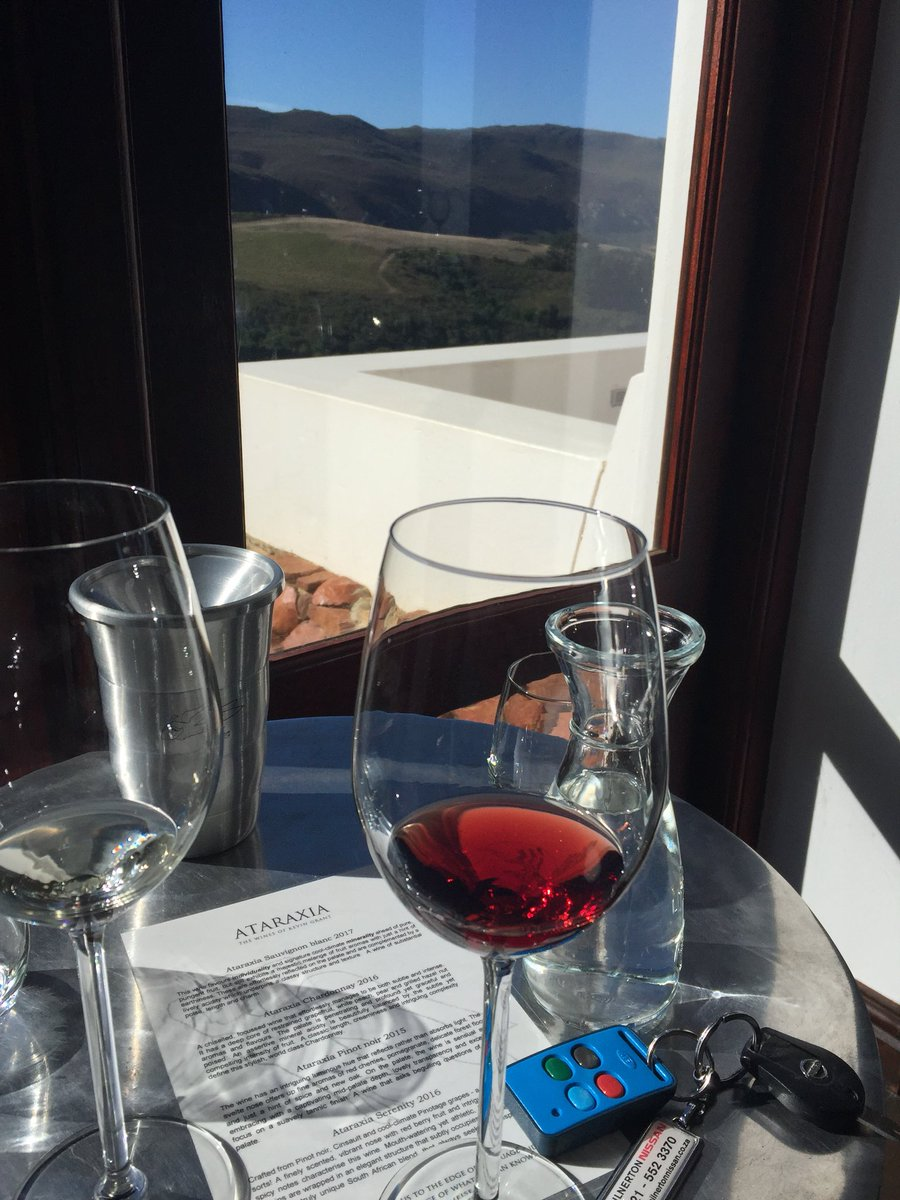The weather's fine for tasting wine #hemelenaarde #Creation #ataraxia #Friyay #hermanus #travelblogger<br>http://pic.twitter.com/Ch4DIyPxs6