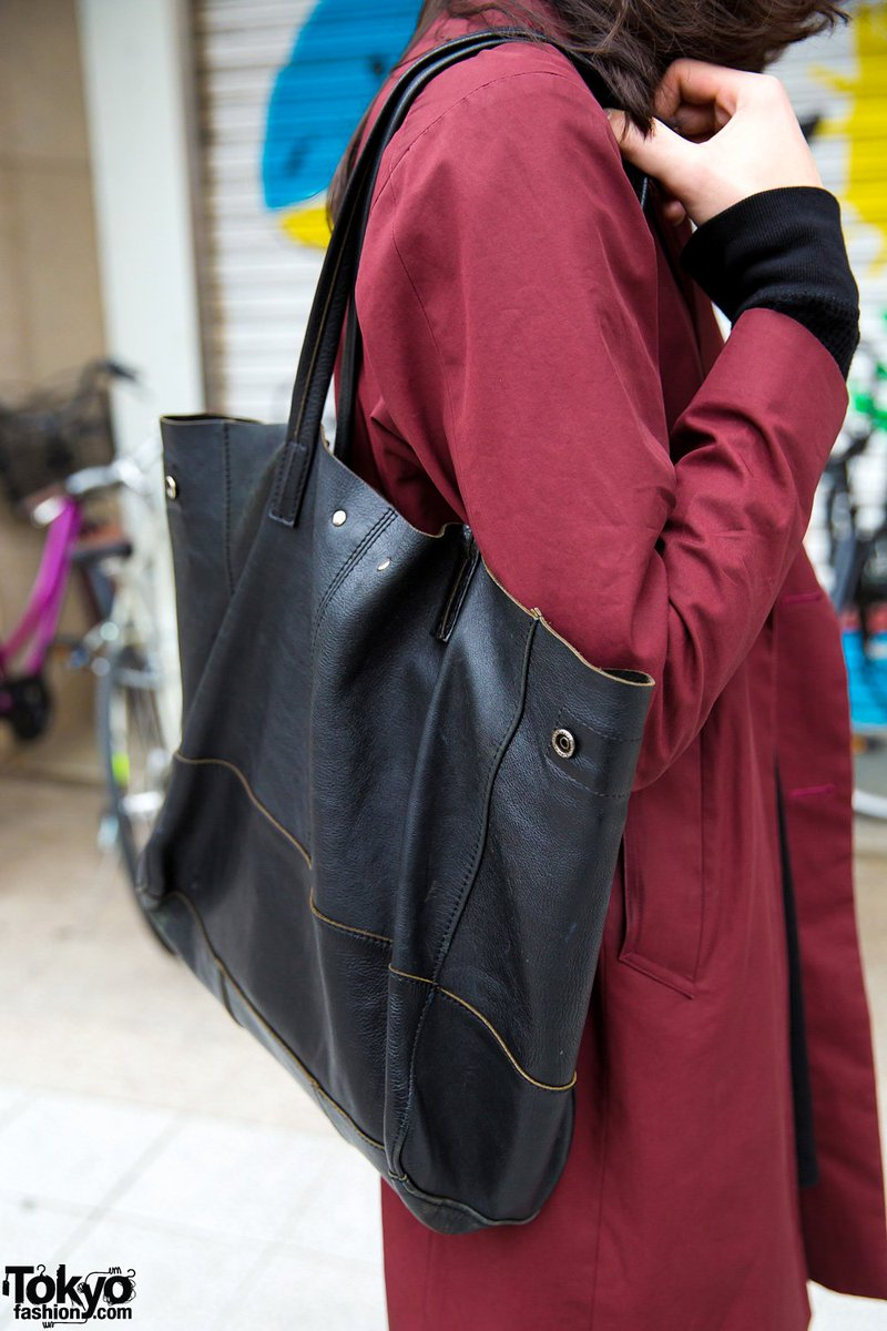1810cca969c ... Dr. Martens boots & Hare tote bag #原宿  http://tokyofashion.com/japanese-fashion-model-style-lad-musician-hare-dr- martens/ …pic.twitter.com/54CQpGz8Cu