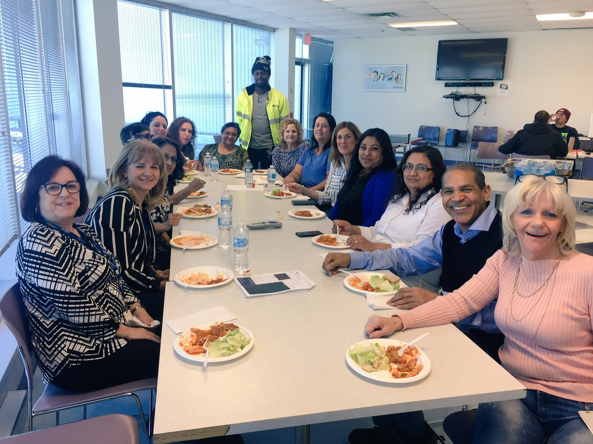 Grateful for all of our wonderful volunteers @PanalpinaGroup for all of their time commitment and support! #NationalVolunteerWeek2018 <br>http://pic.twitter.com/Sn4u4NJ1vC
