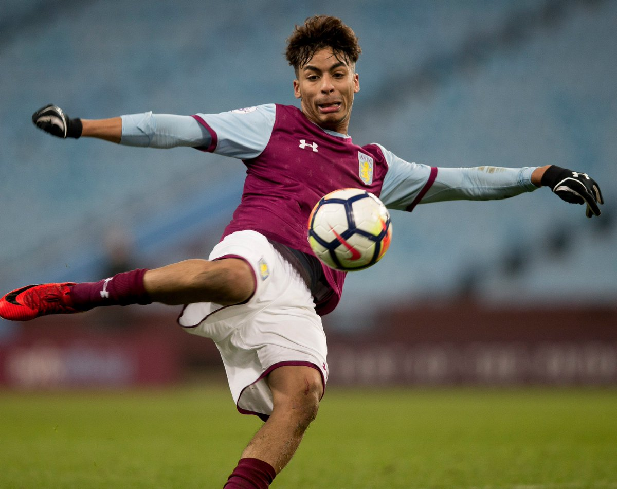 #NUFC U23s 1-0 #AVFC U23s...  We still trail as we approach the midway point in this crucial #PL2 game. The claret and blues have struggled to get going so far, with Matija Sarkic enduring a busy first half. Come on, boys. 🙌  #PartOfThePride