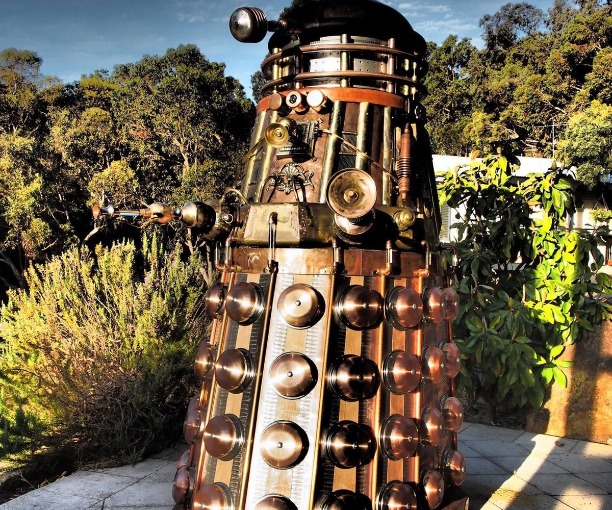 #Dalek #Steampunk totalmente operativo https://t.co/PFKF7qCut9