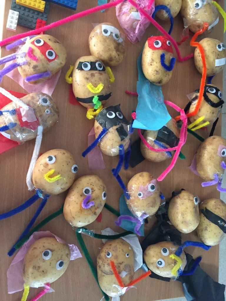 Making Supertato and the veggies as part of our immersive day  #creative #childledlearning #superheroes<br>http://pic.twitter.com/y5Rbq0Rakx